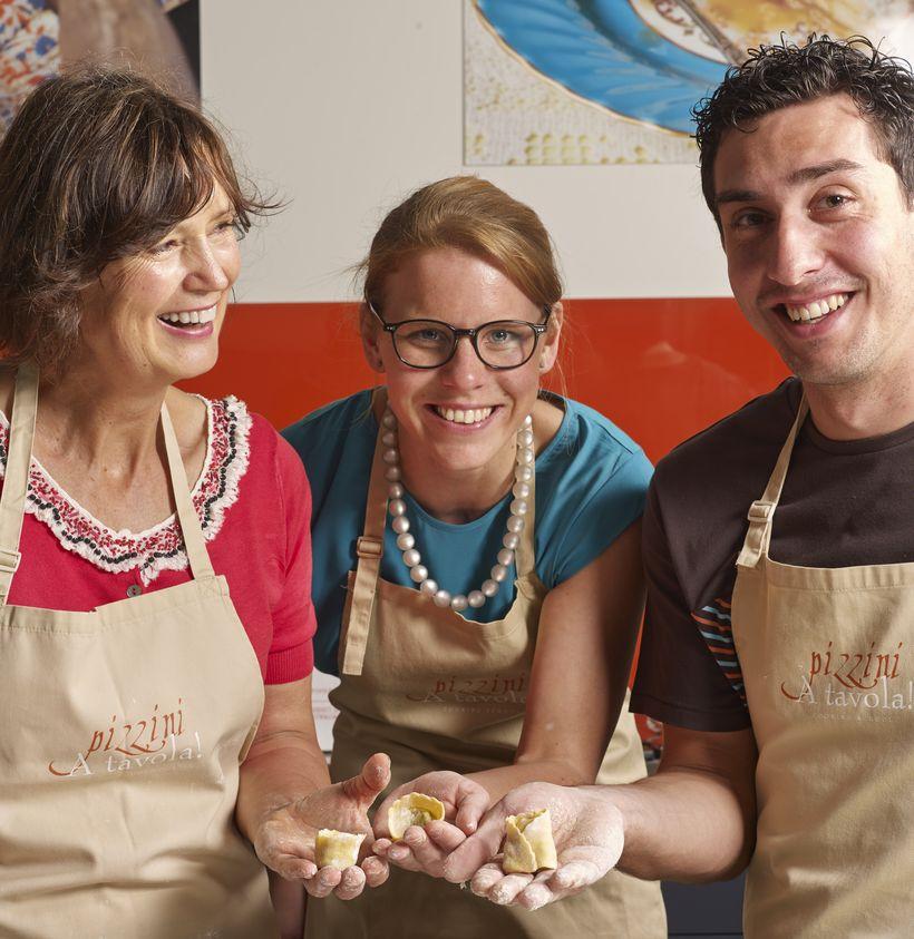 Katrina Pizzini's A tavola! Cooking School at Pizzini Wines - Credit Jamie Durant